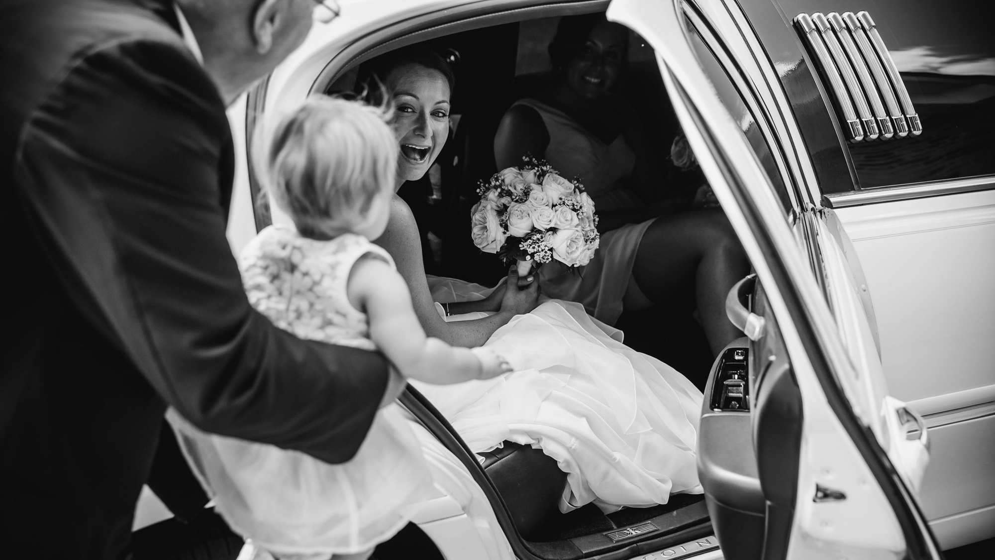 Documentary Photojournalistic Professional Wedding Photography